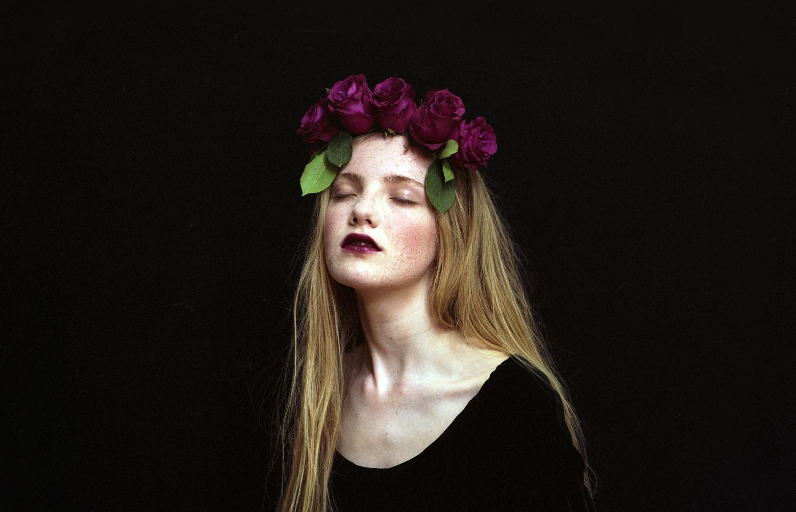 AND-Studio-TheMalevolentEye-RoseGirl
